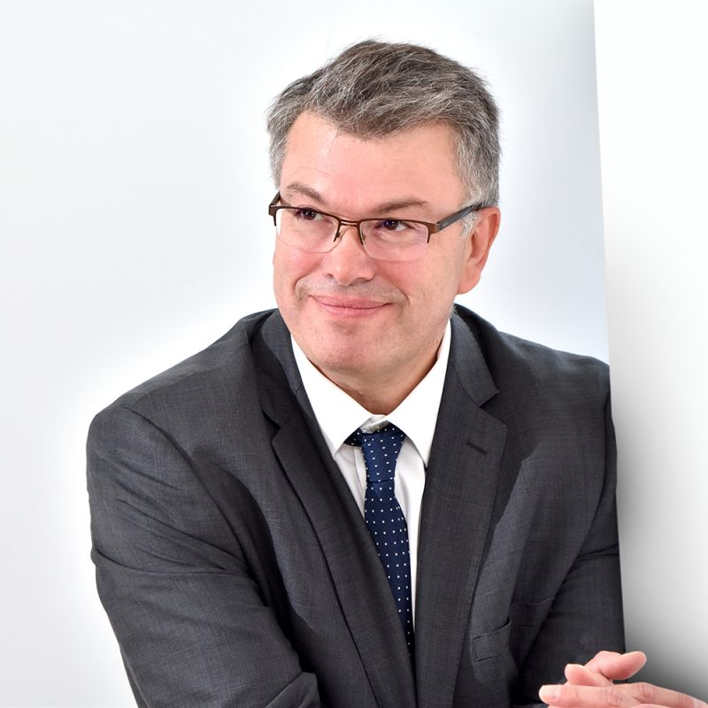 Steven Hardy : Managing Director & Solicitor   Commercial   Notary Public