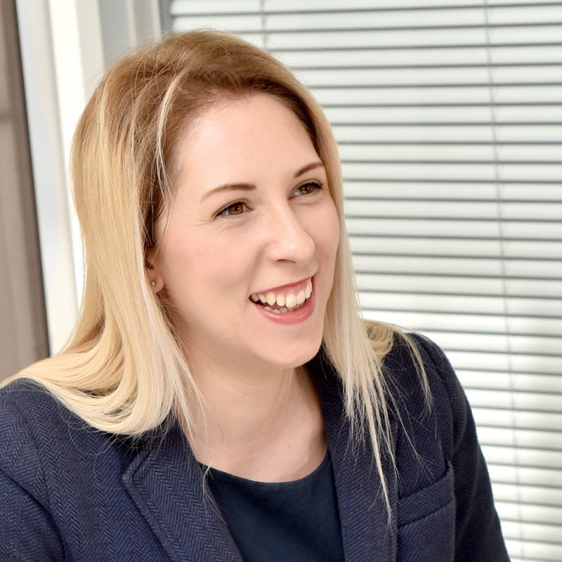Laura Coleman-Day : Solicitor    Commercial & Employment